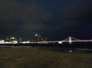 夕方から広安里ビーチへ移動しました